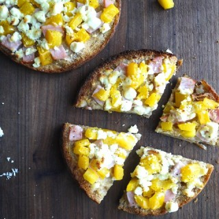 Pita Pizza w/Feta, Canadian Bacon & Yellow Pepper