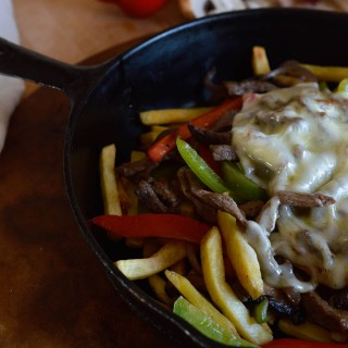 philly-cheesesteak-fries-7