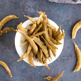Spicy Homemade Snap Pea Crisps