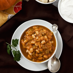 Pumpkin white bean chili