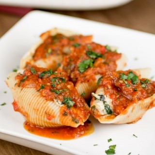 Stuffed Shells with Roasted Red Pepper Sauce