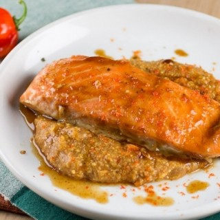 Habanero-Pumpkin Glazed Salmon
