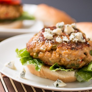 Blue-Cheese-Buffalo-Chicken-Burgers2